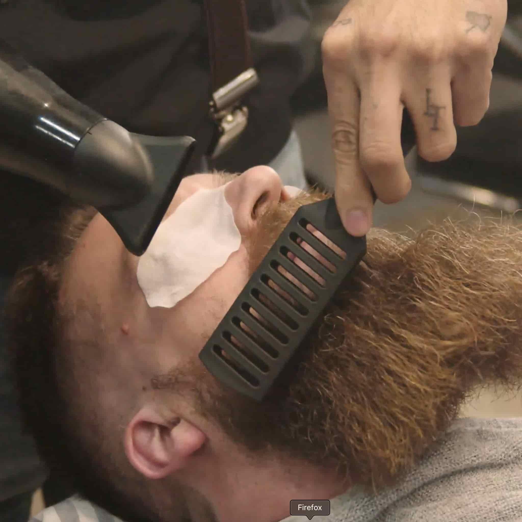 Corte y perfilado de barba en la barbería YB New Style Barber Shop Madrid